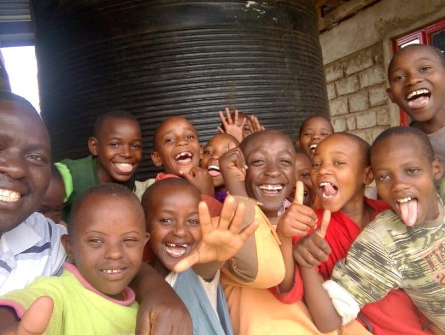 Un día en la vida de... los peques de Lisha Children`s Home